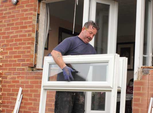 The Benefits of Vinyl Replacement Windows
